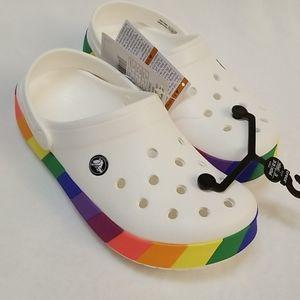 Wmns size 8 Rainbow Block Clog